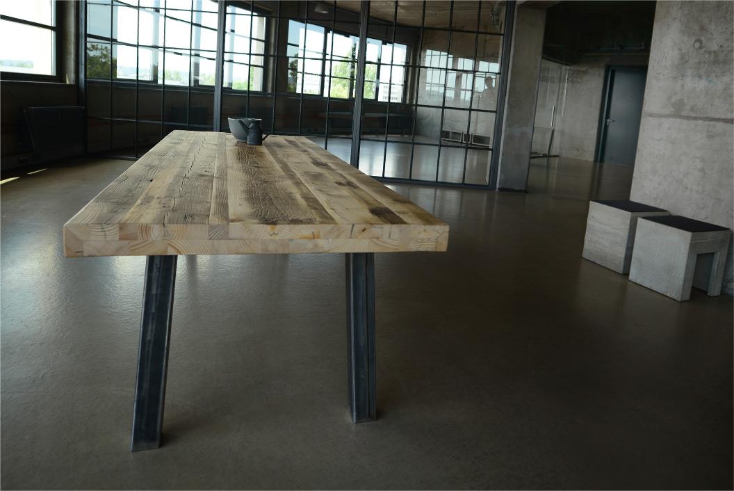 Altholz Esstisch Betonmöbel Manufaktur