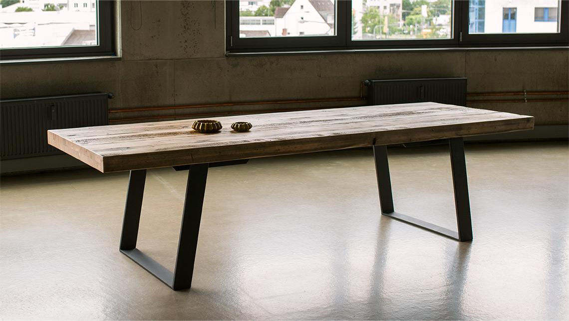 best esstisch aus bauholz contemporary. Black Bedroom Furniture Sets. Home Design Ideas